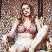 Lucy McCormick: Post Popular