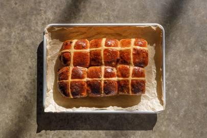 The hot-cross buns