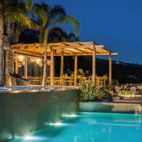 14. 10 per cent member's discount at Kefalonia's F Zeen boutique hotel for 2021 bookings