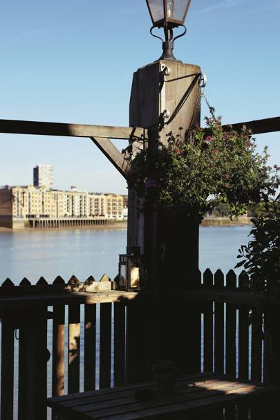 The Mayflower, Rotherhithe