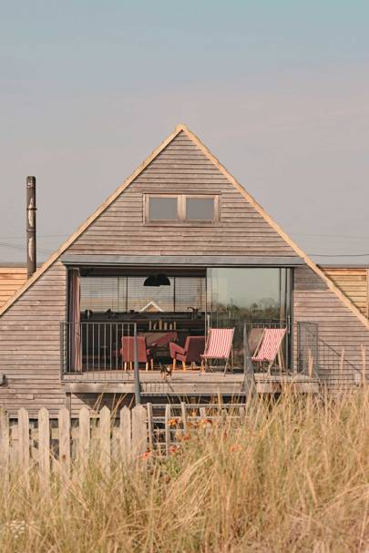 Open-plan pad, Dungeness, Kent (via Airbnb)
