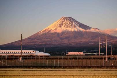 1. THE TOKAIDO SHINKANSEN