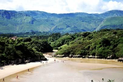 4. Playa de Poo, Asturias
