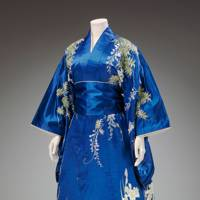 6. Trace the history of the kimono