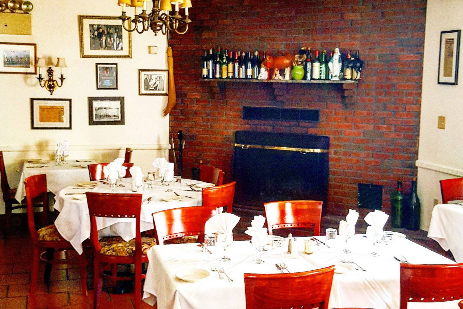 Things To Do In New York Secret And Small Restaurants Cn