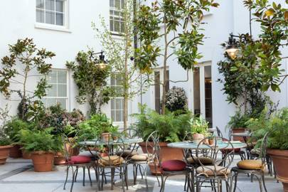 4. Plan to go al-fresco