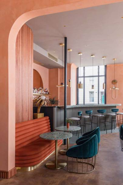 Omar's Bar, Pimlico
