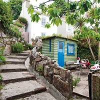 A cosy cottage rental in Mousehole