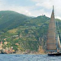 Yachting around the Cinque Terre