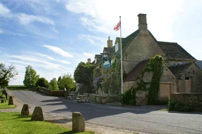 The Swan Inn and The Devonshire Arms, Oxfordshire