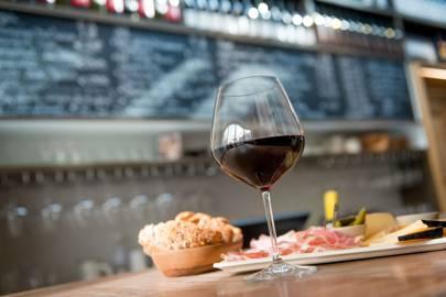 Cuvée wine bar