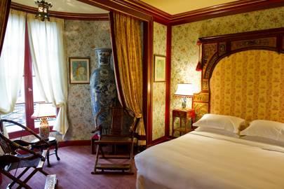 L'Hotel, Paris
