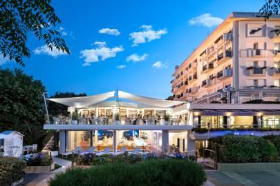 Atlantic Beachfront and Spa Hotel
