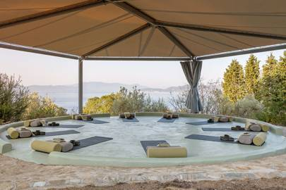 Silver Island Yoga, Greece