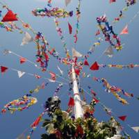 Dancing around the Maypole