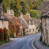 4. THINK ABOUT A BRITISH STAYCATION