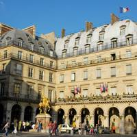 Film locations in Paris: L'Hôtel Regina