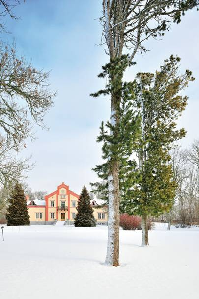 PÄDASTE MANOR, MUHU ISLAND, ESTONIA