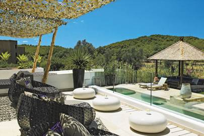 The Giri Residence Hotel & Spa