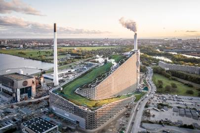 Copenhagen's refuse-to-energy landmark