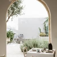 Don Totu, Puglia, Italy