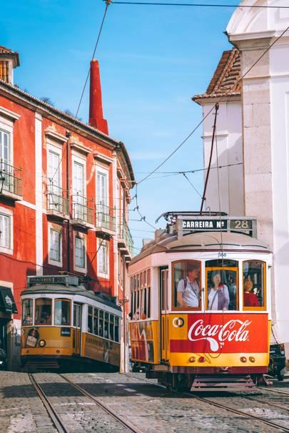 18. Largo Santa Luzia
