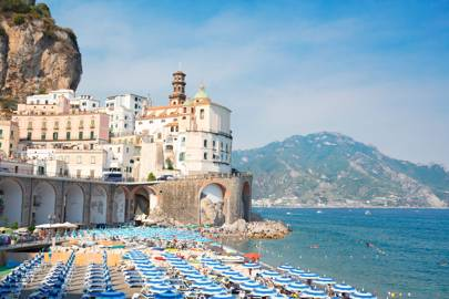 THE BEST BEACHES ON THE AMALFI COAST