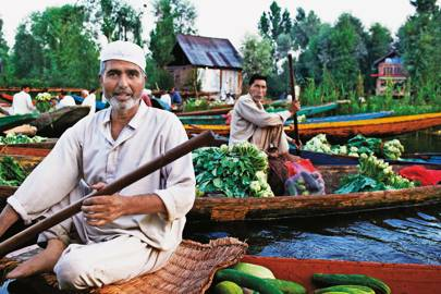Dal Lake salesmen