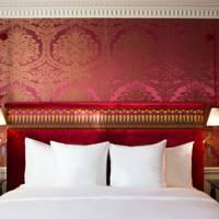 17. La Réserve Hotel & Spa, Paris