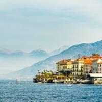 2. GO GLAM: LAKE COMO, ITALY