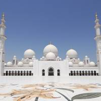 Abu Dhabi: reasons to visit now
