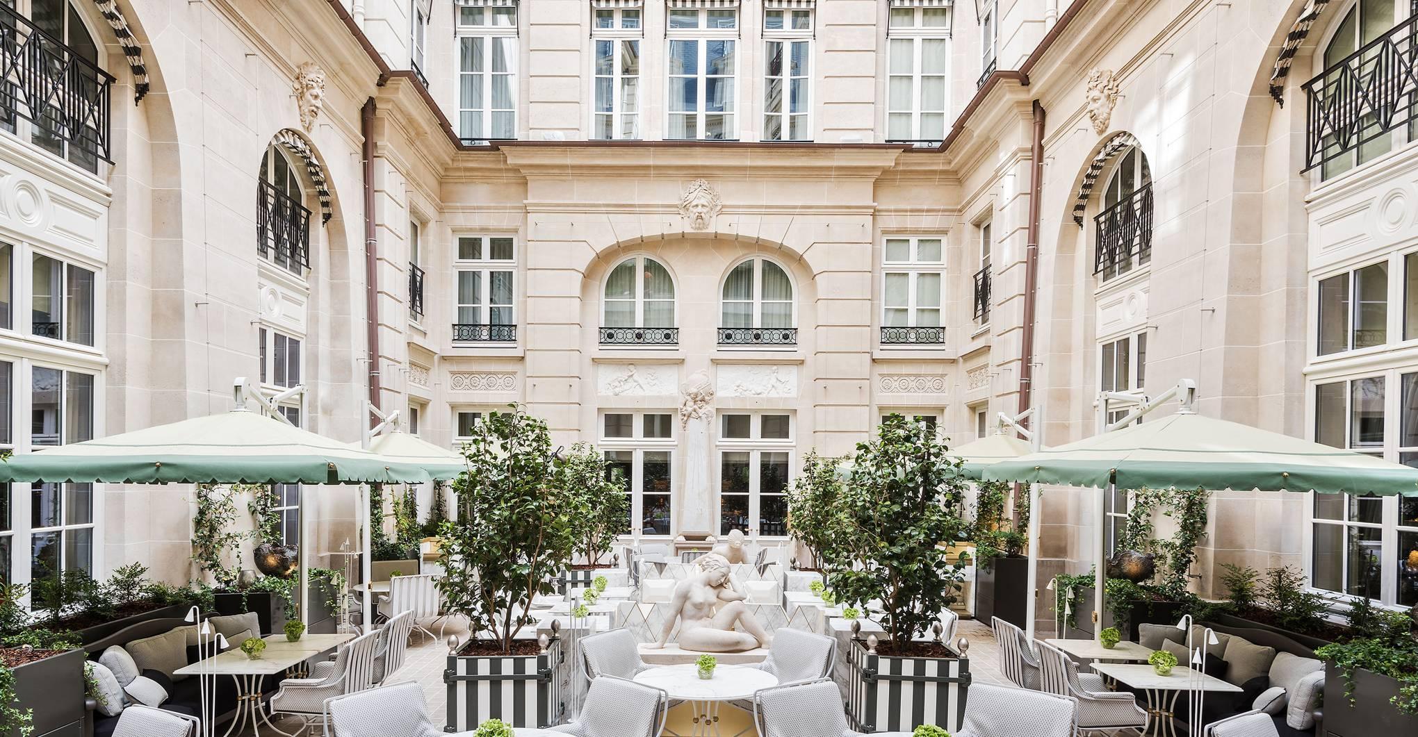 Hôtel de Crillon review