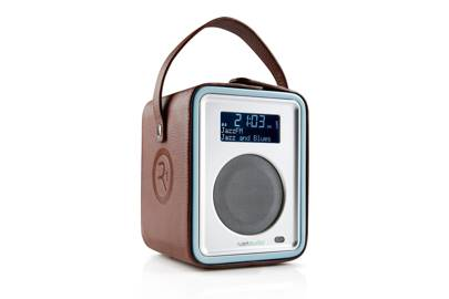 Travel digital radio