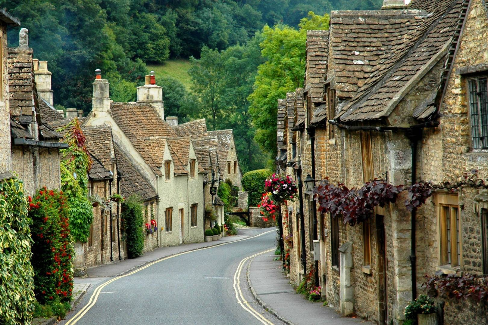 The Cotswolds Travel Guide | CN Traveller