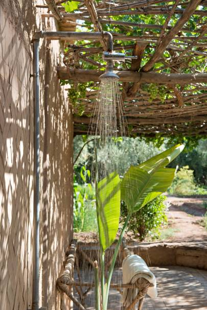 Outdoor shower at Dar Ahlam Hotel in Ouarzazate, Morocco