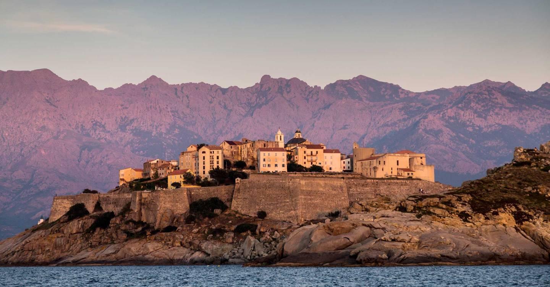 intalnire unica in Corsica