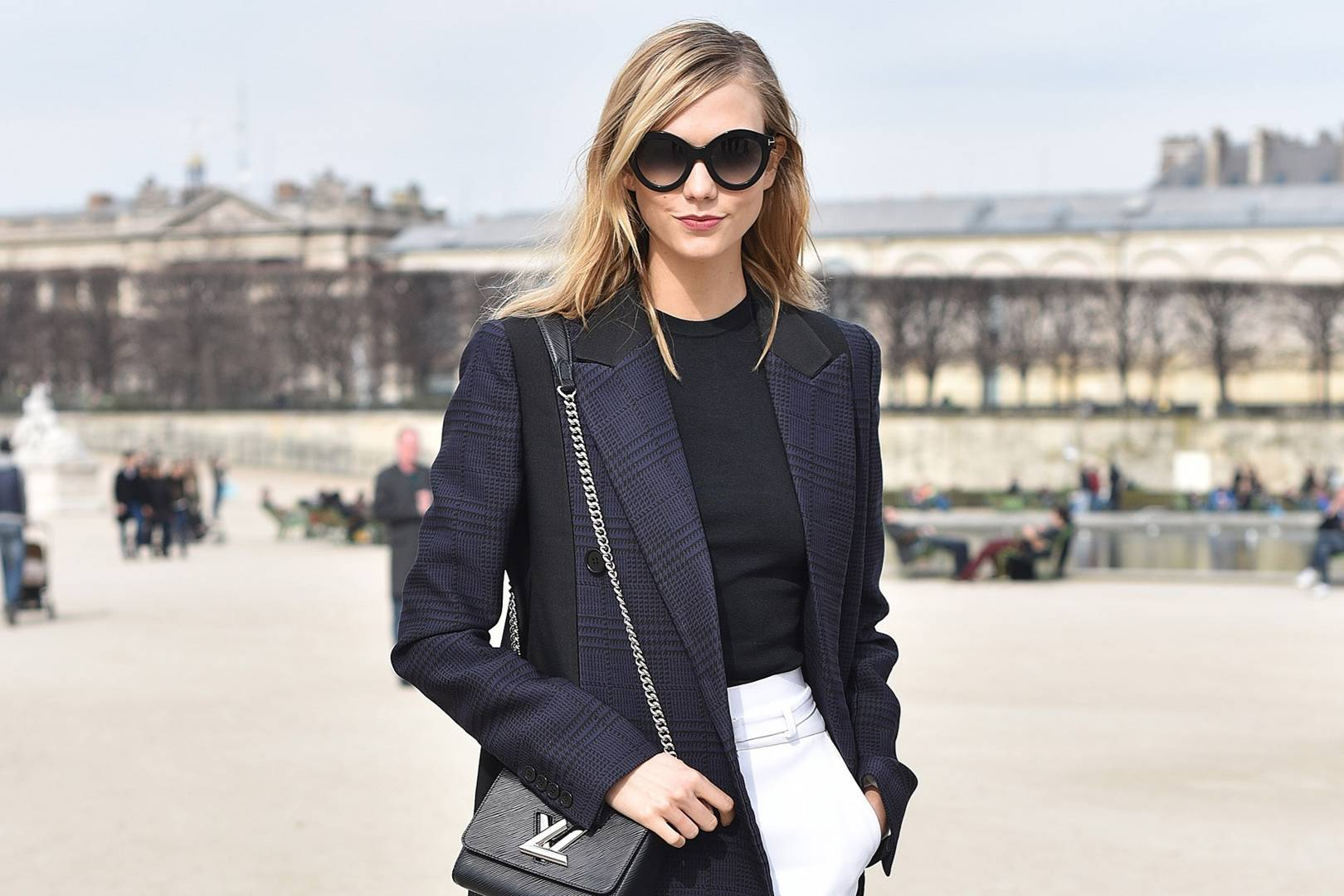 Paris Fashion Week An Insider Guide By Karlie Kloss Cn Traveller