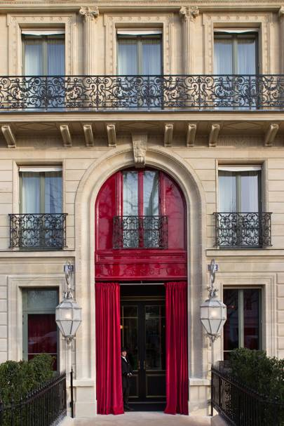 2. La Réserve, Paris, France