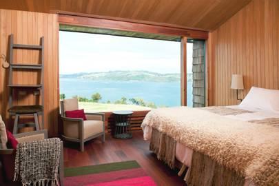 A bedroom at Refugia Lodge
