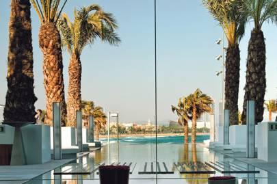 Poolside Wet Bar at W Barcelona