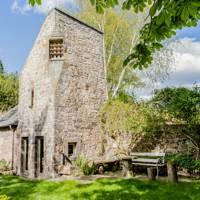 Medieval retreat, Bruntsfield