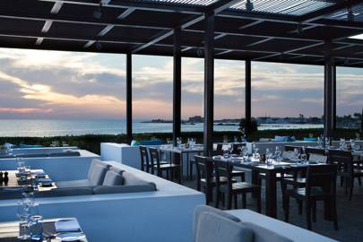 Notios Restaurant, Almyra Hotel, Paphos