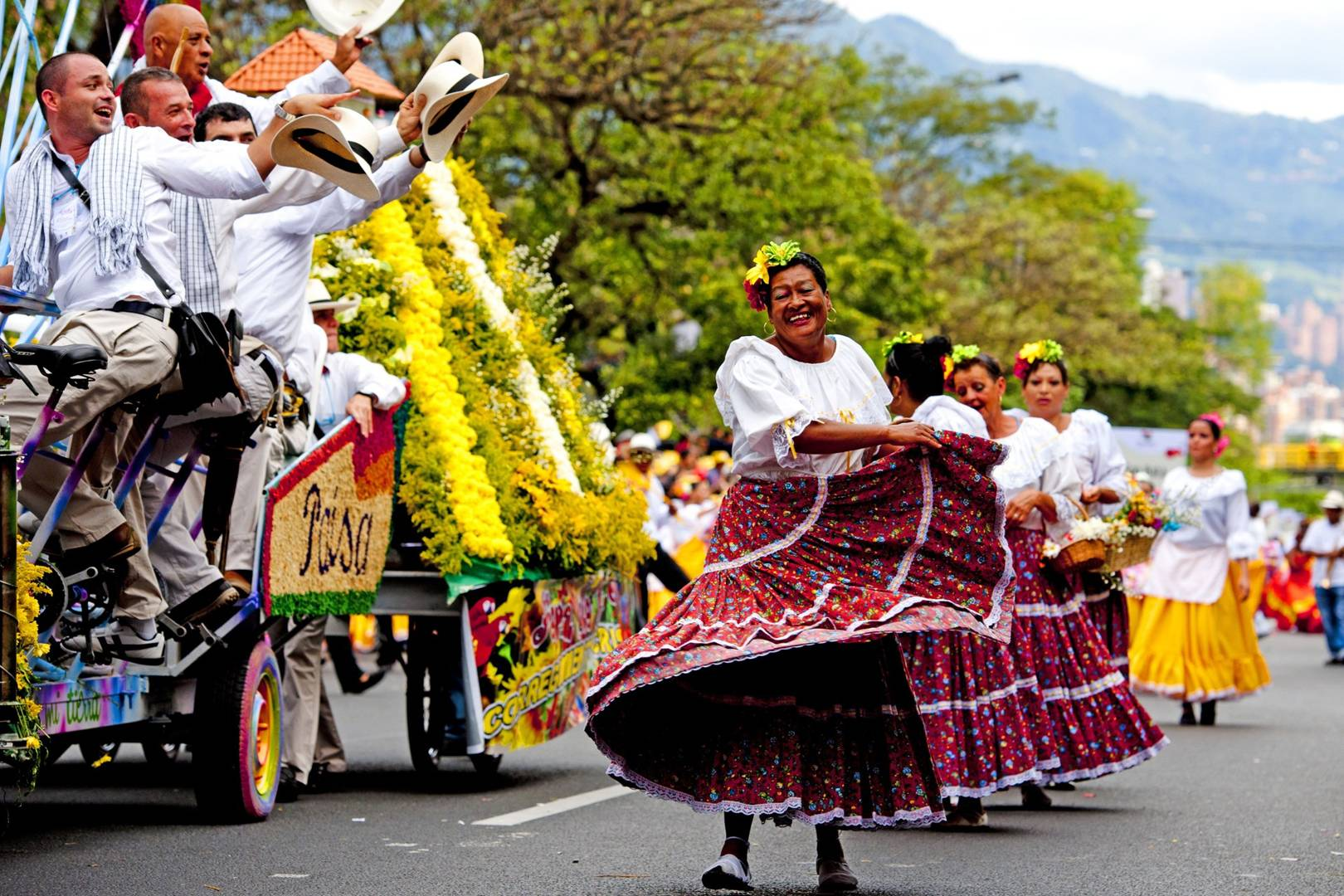 Image result for seasons and festivals of colombia