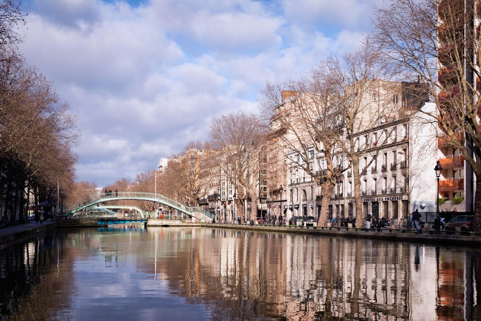 65a0d29fbe4c76 Paris travel guide