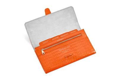 16. Aspinal wallet
