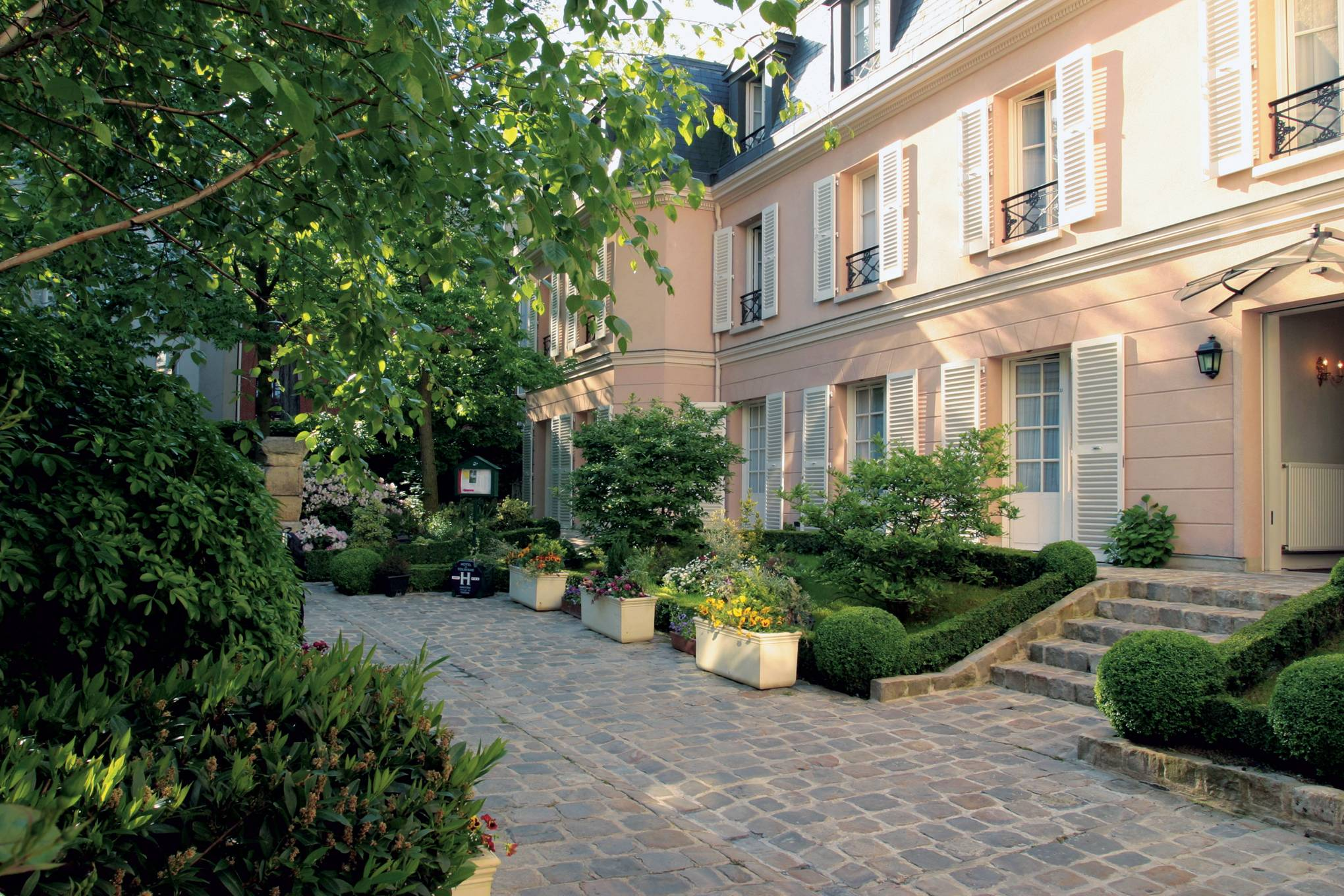 Hotel Villa La Parisienne Parigi stylish and affordable hotels in paris | cn traveller
