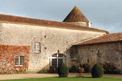 Maison d'Amis at Le Logis de Puygâty, Chadurie, France