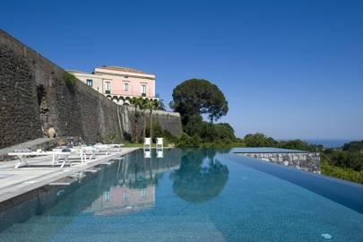 Rocca delle Tre Contrade villa, Sicily