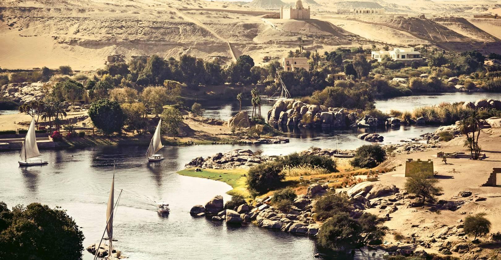 Aswan: the great divide