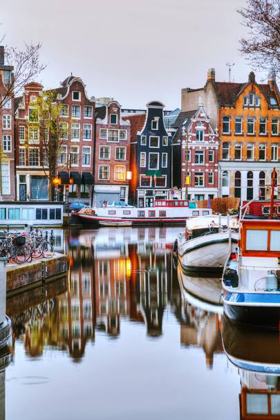 17. Amsterdam